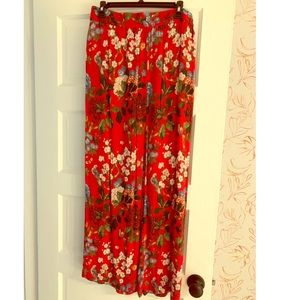 Alice + Olivia Red Floral Pants